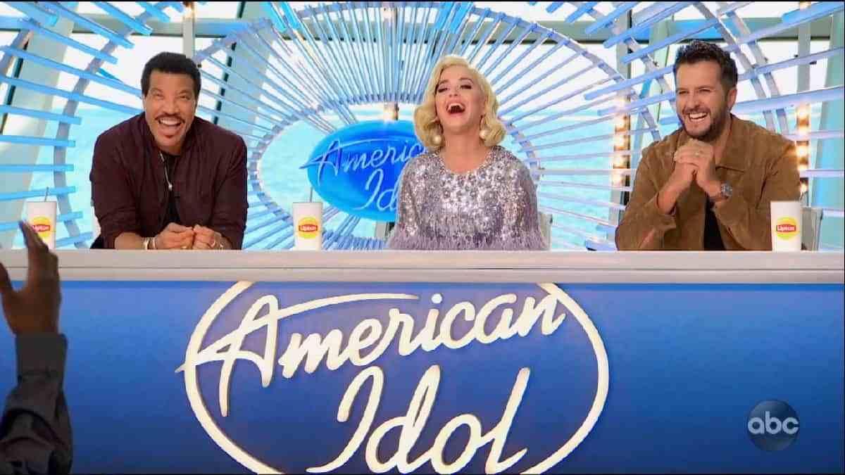 🥇American Idol: temporada 19; ABC inicia audiciones para la temporada  2020-2021 - shows de TV cancelados + renovados - Que de Series 🥇